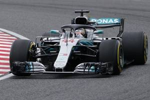 hamilton sets track record in 3rd hungarian gp practice
