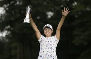 'Smiling Cinderella' wins Women's British Open