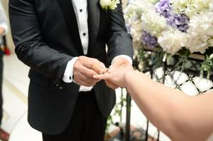 'no-show' florist delivered wedding day heartbreak for two couples on same day