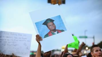 after 5 years, michael brown sr. wants to reopen his son's case