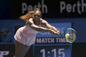serena wins first match since wimbledon final