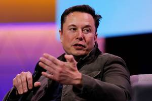 tesla ceo elon musk said he supports democratic presidential candidate andrew yang, calling universal basic income 'obviously needed'