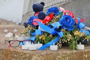 clacton marine parade west: flowers and tributes left for two teenage siblings who died after being pulled from the sea