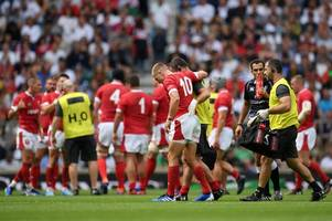 wales fly-half gareth anscombe in world cup injury scare as he hobbles off against england