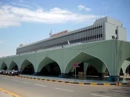 libya airport resumes service after truce violation