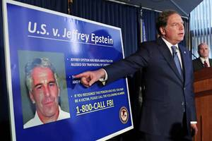 Jeffrey Epstein allegedly boasted about advising Elon Musk in the wake of his bungled attempt to take Tesla private (TSLA)