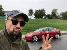 we drove an $87,000 jaguar i-pace to see how it compares with a $57,500 tesla model 3 and a $150,000 model x — here's the result (tsla)