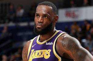 rob parker is not buying kareem's comments that lebron james has nothing to prove with lakers