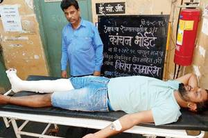 mumbai: tree fall in mulund kills auto driver