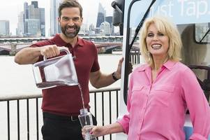 joanna lumley urges scots to ditch single use plastic bottles in favour of tap water