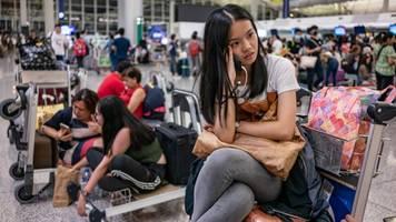 Hong Kong's Airport Resumes Operations