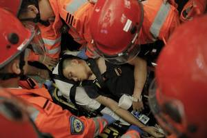 mob violence tests the limits of hong kong's leaderless protest movement