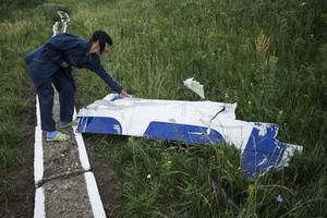 german detective makes fresh attempt to provide dutch prosecutors with data on mh17 case - lawyer