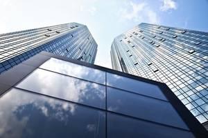 some top deutsche bank investors want chairman to step down early - der spiegel