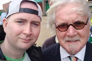 billy connolly spotted 'looking great' at celtic v dunfermline as big yin meets fans