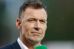 chris sutton slaughters celtic board in furious response to 'idiot'  fan calling for neil lennon sacking