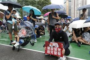china condemns us lawmakers' support for hong kong protests
