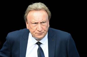 Neil Warnock hits out at shambolic Cardiff City defending after being left stunned by one incident at Reading