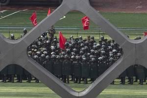China hits out at Taiwan over asylum offer to Hong Kong protesters