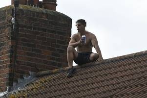 man arrested after rooftop standoff shuts wakefield avenue denies all charges in court