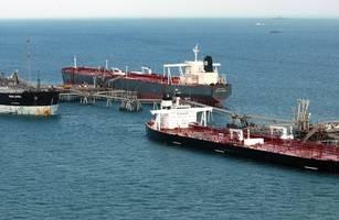 standoff over tankers in strait of hormuz brings persian gulf region to brink of war