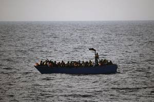 more than a hundred migrants feared dead off libya coast