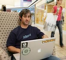 huge domains sells knewz.com to news corp