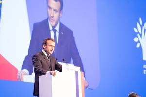 macron expected to raise carlos ghosn case with japan's abe