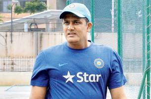 virender sehwag bats for anil kumble to become chief selector in future