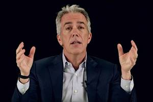 Conservative Radio Host Joe Walsh Apologizes for 'Hurtful Things' He's Said About Islam
