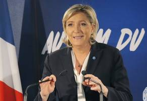 marine le pen blasts eu's opposition to russia's g8 return as 'absurd parody of the ...