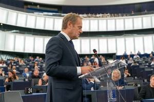 tusk says eu will retaliate against new us tariffs