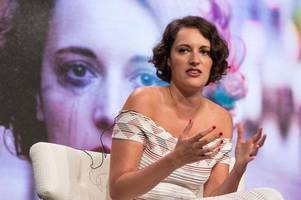 phoebe waller-bridge to host saturday night live with taylor swift