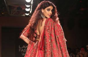 Lakme Fashion Week 2019: Kangana Ranaut shines in satin; Malaika oozes oomph