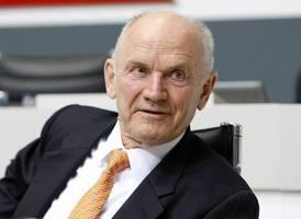 ferdinand piech, ex-ceo of volkswagen and father of iconic porsche 917, dies at 82