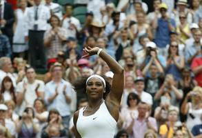 s.williams crushes sharapova in first round of us open