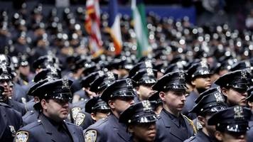 nypd union calls for mayor bill de blasio to be removed from office