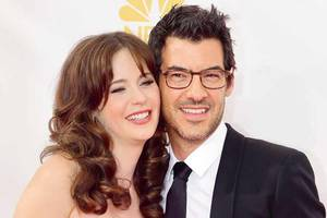 telly tattle: amit sarin gets rid of facial fuzz; zooey deschanel and husband call it quits