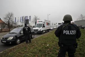 German-Tunisian woman arrested on IS membership charges