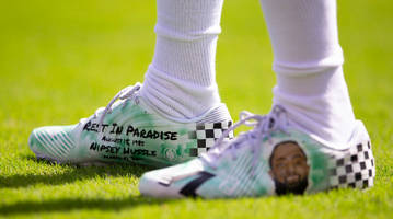 eagles' desean jackson to auction cleats to honor late rapper nipsey hussle