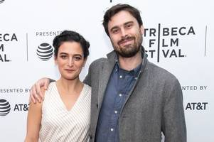 jenny slate announces engagement to curator ben shattuck after 'screaming yes'