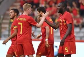 There's no other midfielder like De Bruyne - Martinez