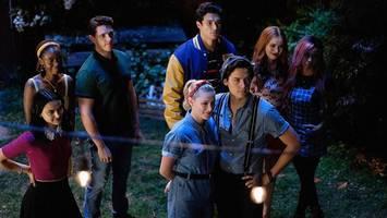 'Riverdale' Season 4 Trailer: Seniors, Secrets, and Jughead Goes Missing