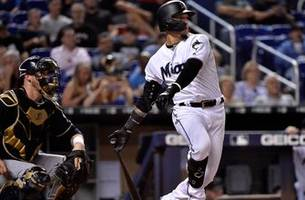 Marlins outdueled late, drop middle game to Brewers