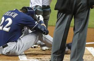 Brewers GM Stearns: Yelich won't need surgery