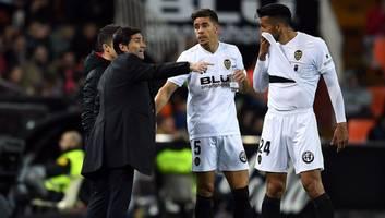 las reacciones de los jugadores del valencia en contra de la destitución de marcelino
