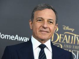 disney ceo bob iger steps down from apple's board ahead of the launch of the tech company's new streaming service (aapl, dis)