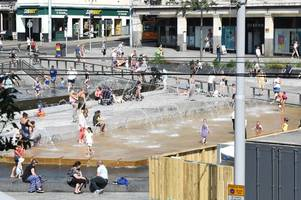 what forecasters say about nottingham experiencing a red hot heatwave next week