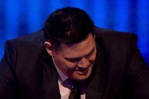 Amazing scenes on The Chase as The Beast goes berserk when he loses to contestant