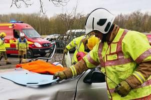 m6 coach crash - nine injured and 40 passengers seen by paramedics